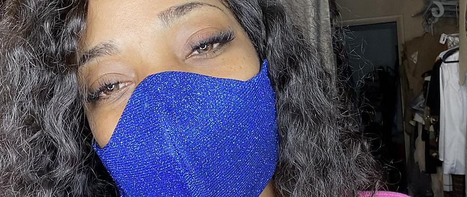 Glimmer Face Mask