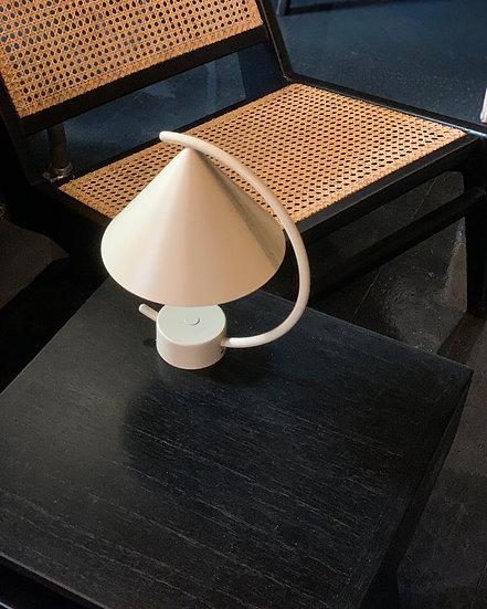 Meridian Lamp champagner