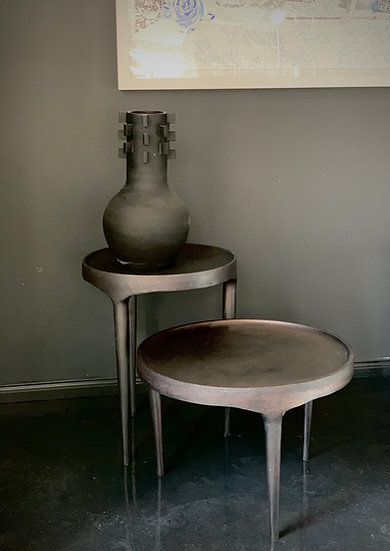 Phantom Table - high