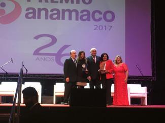 Cozimax recebe dois troféus no Prêmio Anamaco 2017