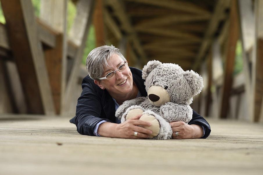 Christa Stirnimann und Teddybär