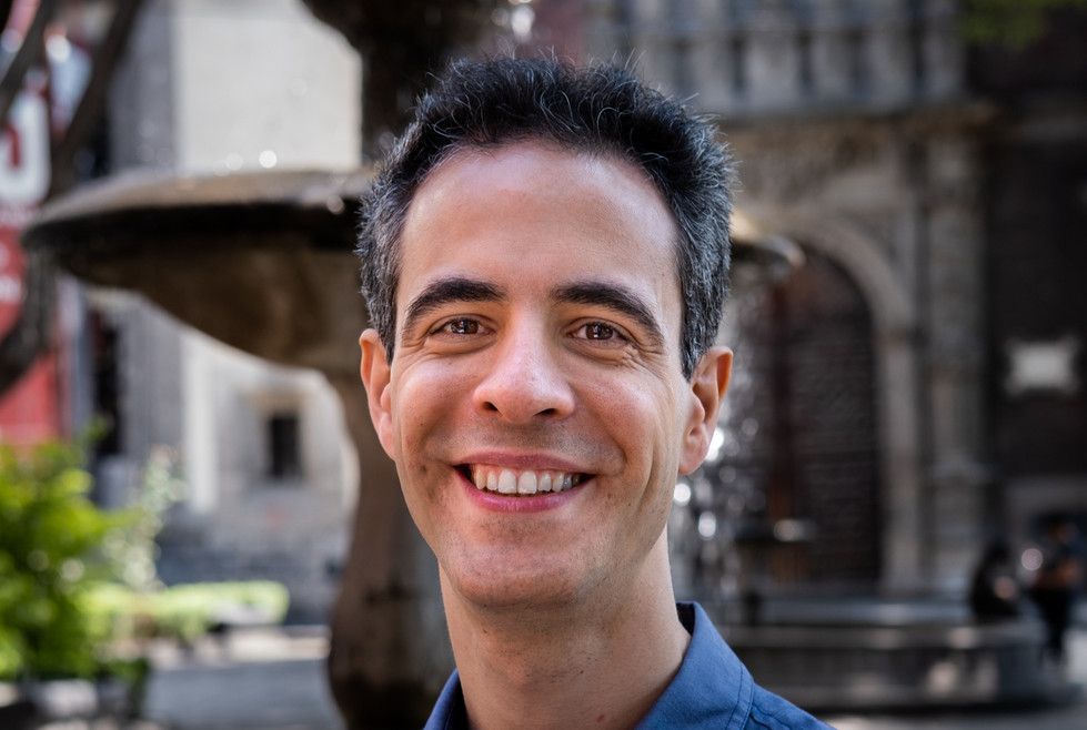 Pablo Miró Cortez, piano