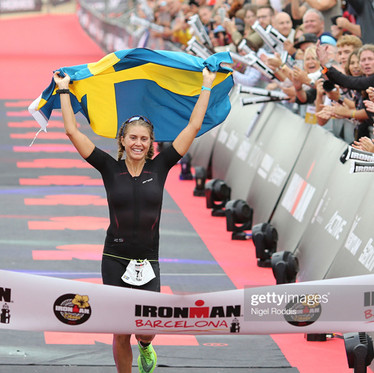 With Svexa's help, Sara Svensk is aiming for the very top of elite triathlon