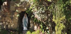 gruta_Carmelo Santa Teresinha