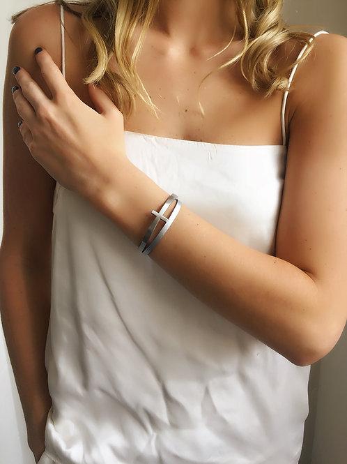 Cross Bracelet - Silver