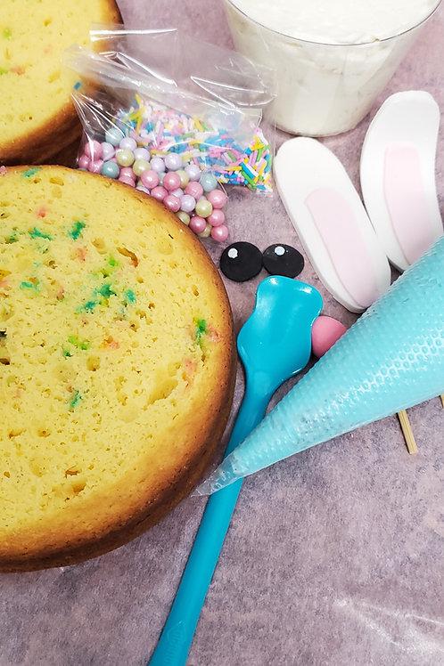 Themed cake decorating kit