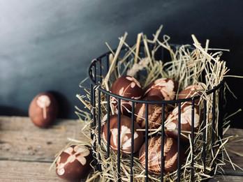 Ostereier färben mit Zwiebelschalen