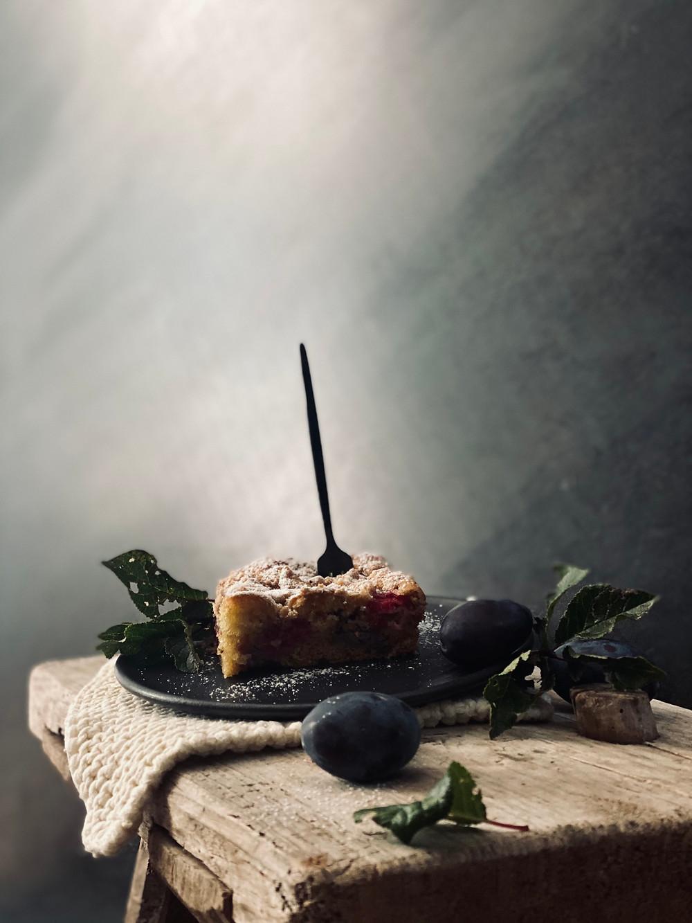 Streuselkuchen mit Zwetschken und Himbeeren - vrenalikocht
