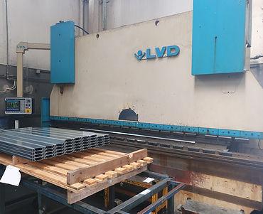 Piegatrice Lvd PPEB 220 ton x 4000 mm CNC