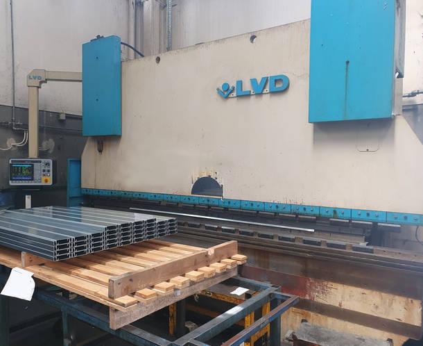 Lvd PPEB 220 τόνοι x 4000 mm CNC κάμψη μηχανή