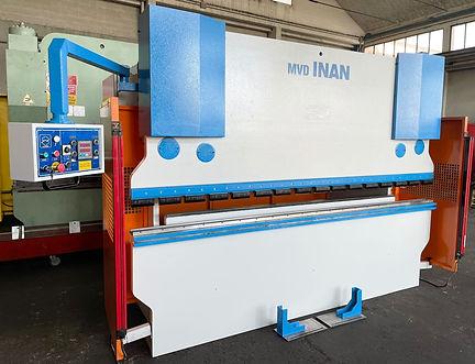 piegatrice MVD 3100 mm x 120 ton