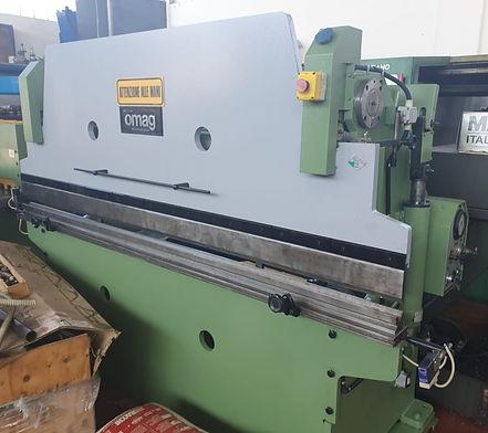 piegatrice omag 2500 mm x 40 ton