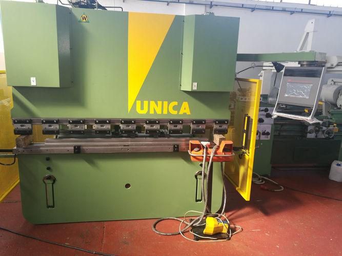 piegatrice warcom  2000 mm x 60 ton .jpg