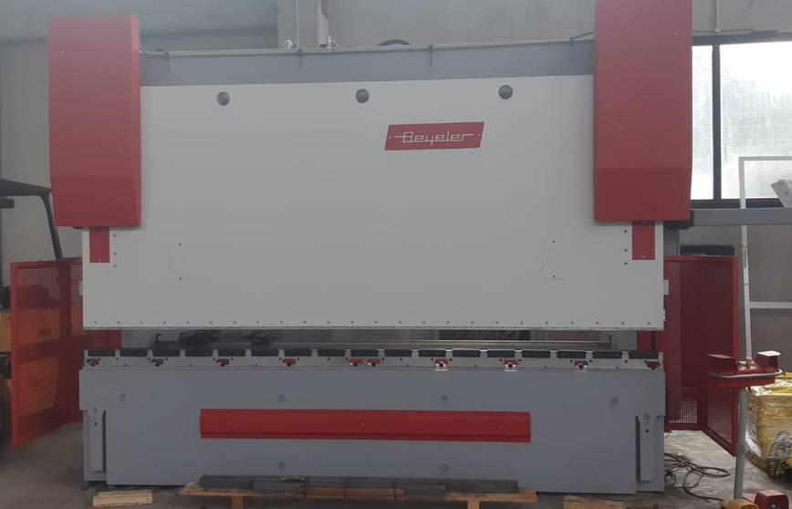 Piegatrice idraulica Beyeler Pr 10 3100