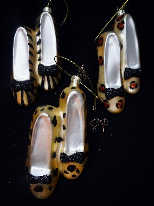 Ornament high heel animal print