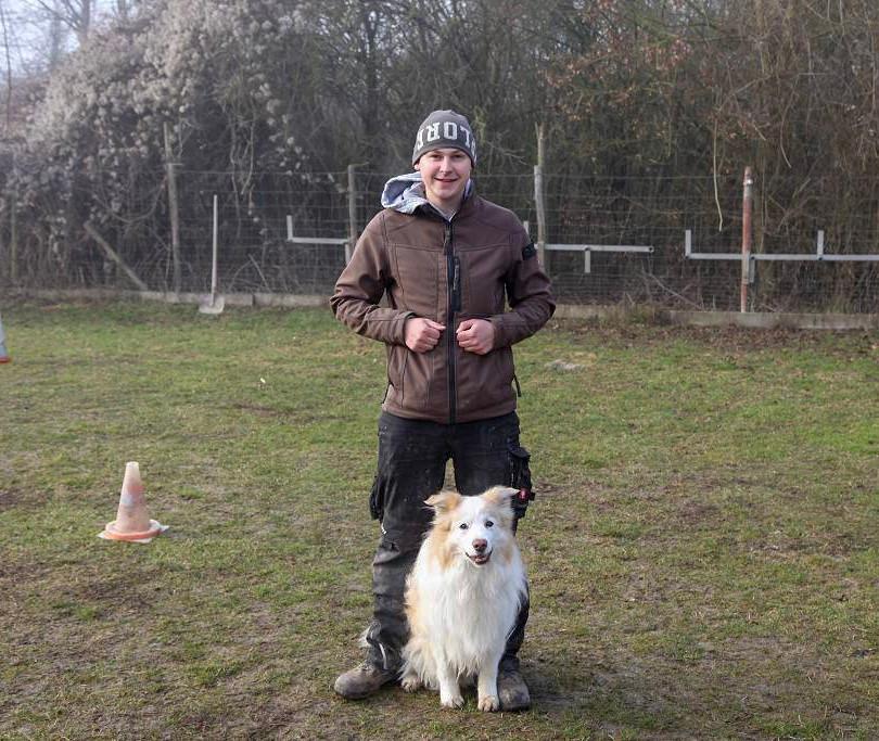 Elias mit Border Collie Bobby