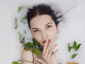 Milk Bathtub Photoshoot for Maternity, Boudoir, or Glamour shoots Tals Studio Yoni Levy