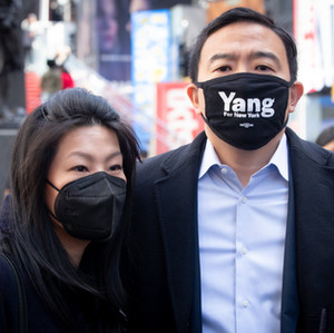 Andrew Yang & Evelyn Yang