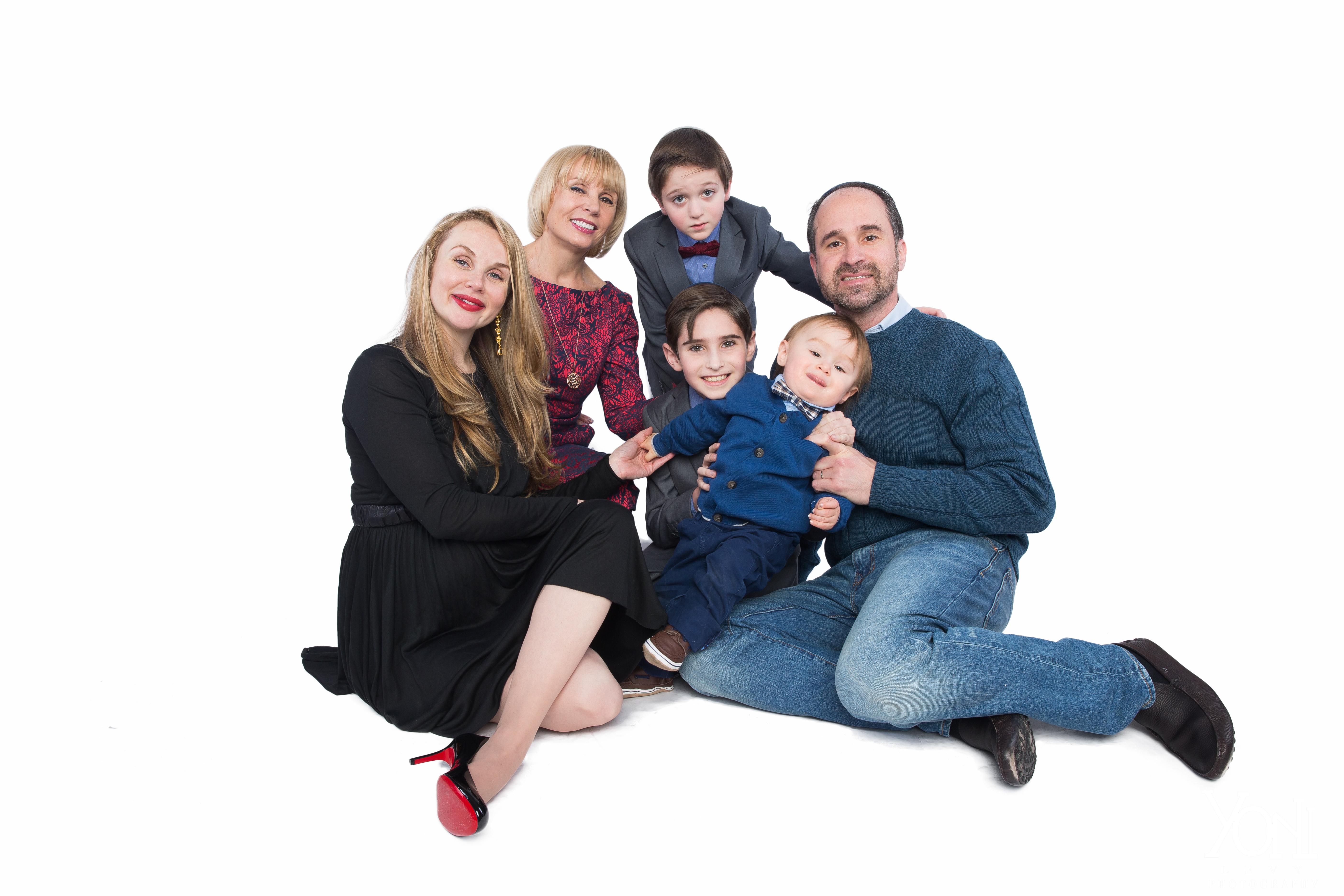 Gold Family 19