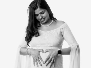 Pregnancy and Maternity Photographer $249