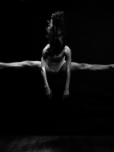 Astonishing Dance Photography | TALS STUDIO