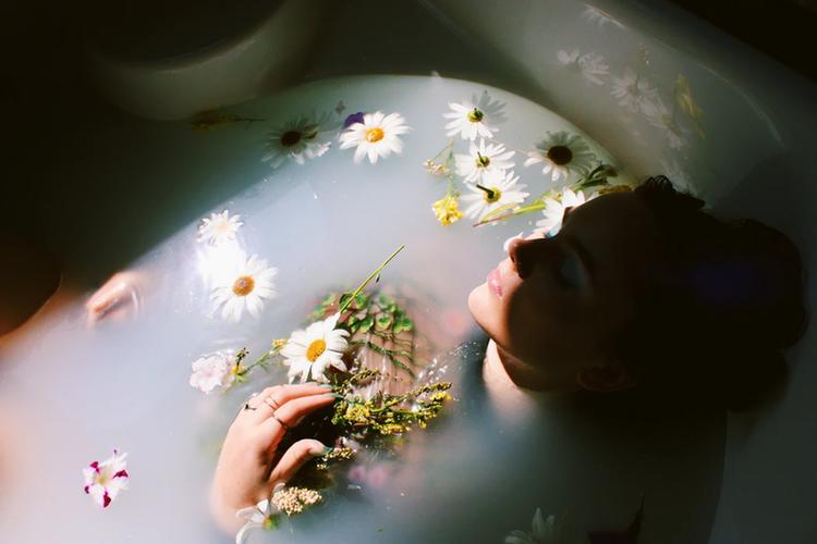 Boudoir Milk Bathtub Milk Photoshoot Tals Studio