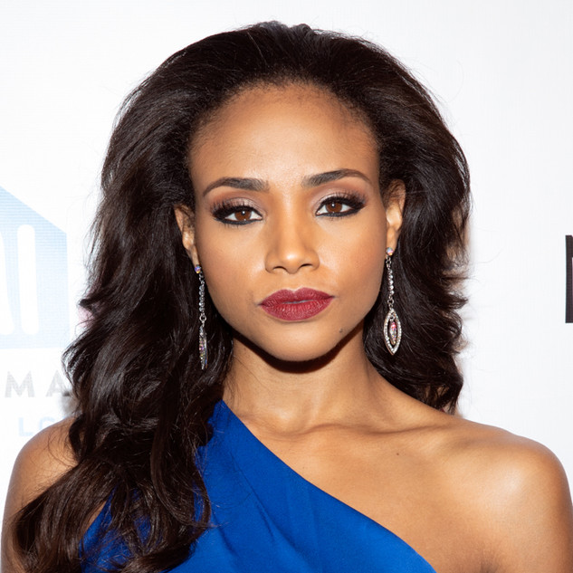 Meagan Tandy At the 2019 Emery Awards Awards By Yoni Levy
