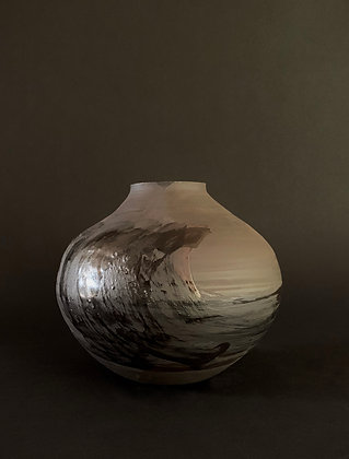 Black moon jar with frothing waves