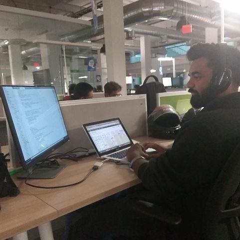 Software Engineer 2.jpg