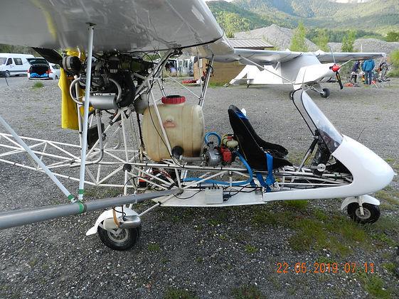 Moto du Ciel à CROTS.JPG