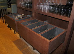 Servieskast, meubel achter barmeubel