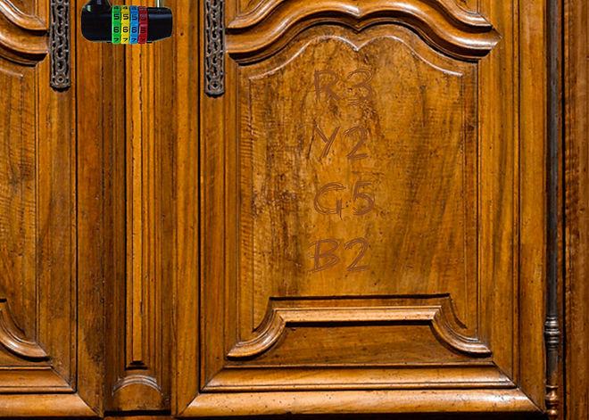 wardrobe-padlock.jpg