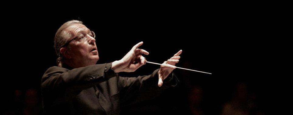 Sylvain-Cambreling conducting.jpg