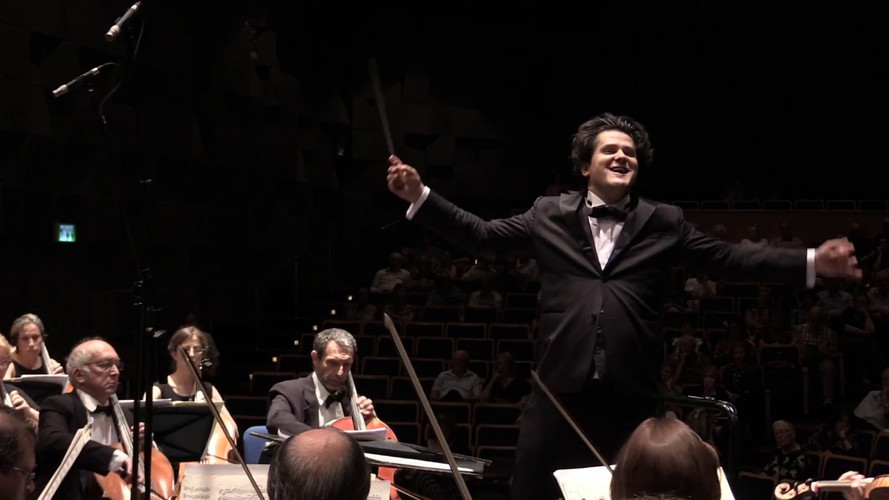 Sergio Alapont conducting Tchaikovsky Symphony No. 5 (excerpts