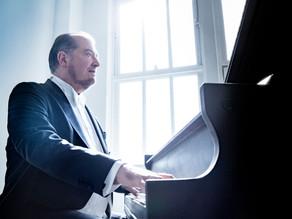 Garrick Ohlsson performs Beethoven's Piano Concerto No. 5
