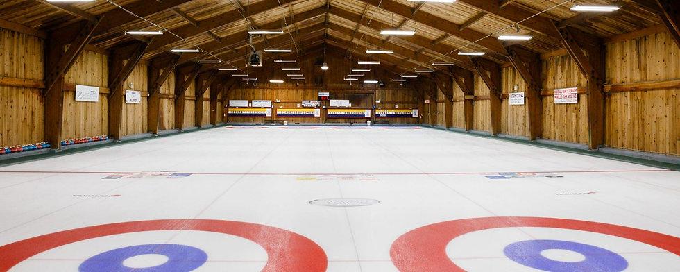 cropped-curling-club-interior21.jpg