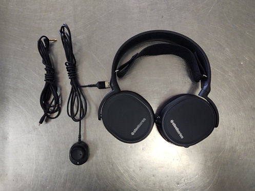 SteelSeries Arctic 5 Wired DTS Gaming Headset