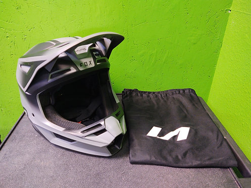 Fox V2 Motocross Helmet w/Carry Bag - Size XL - Cedar City