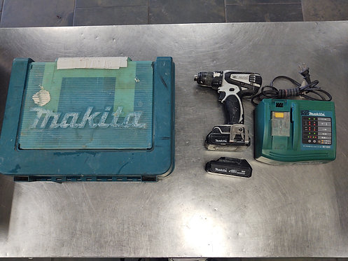 Makita LXFD01 18V Drill with 2 Batteries and Charger