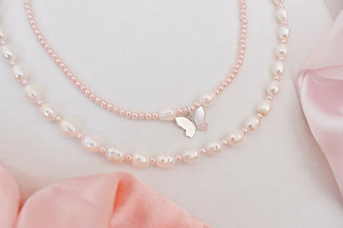 Pinki pearls necklace