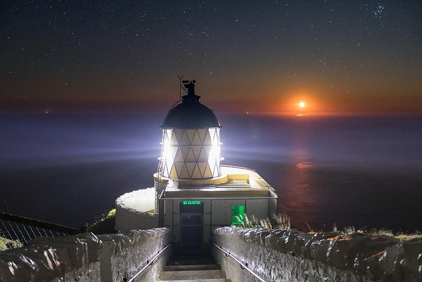 St Abbs Lighthouse moon rise