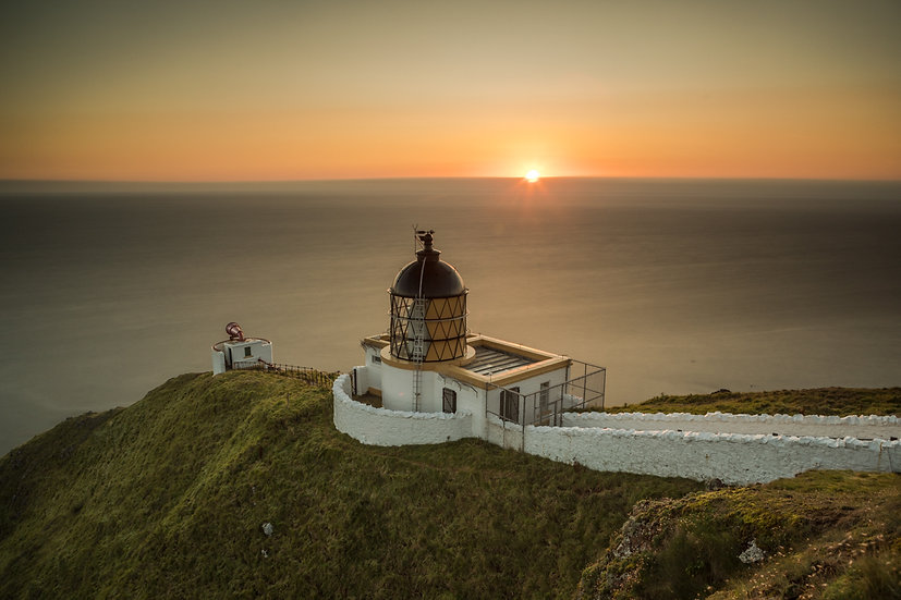 St Abbs lighthouse sunrise