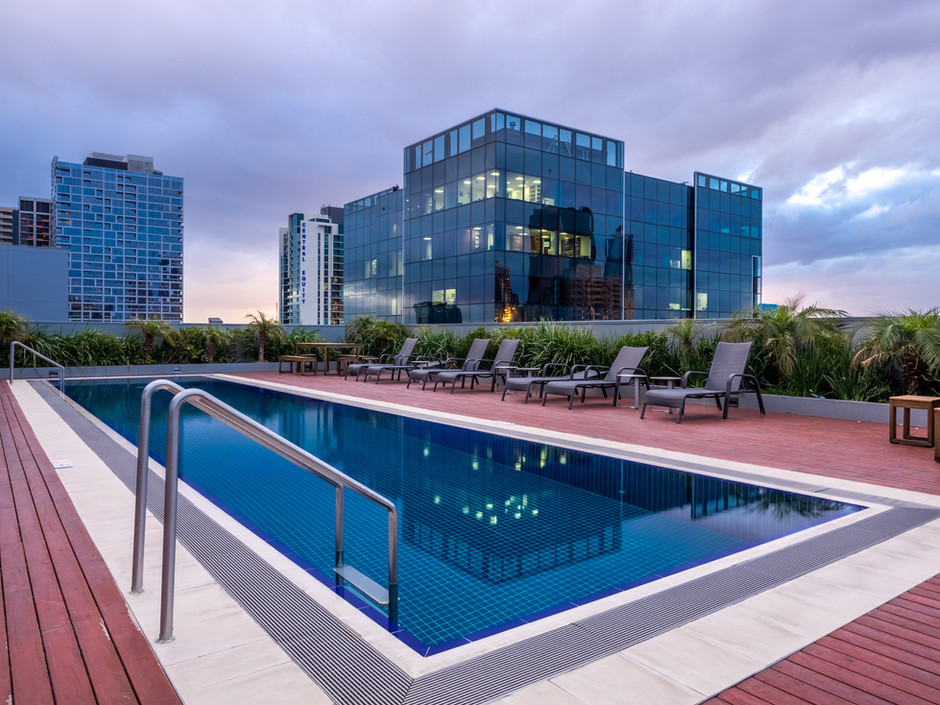 Collins St AirBnb Rooftop Pool
