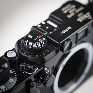 Leica IIIf Classic Black Repaint