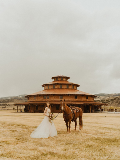 Spanish-Inspired Shoot at Headwaters Ranch