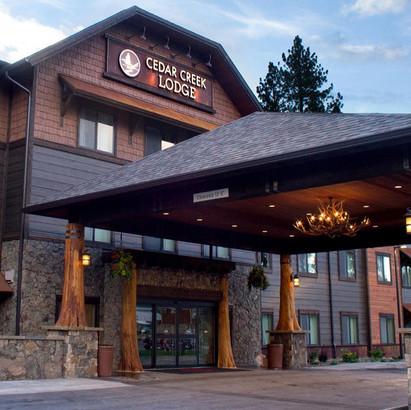 Cedar Creek Lodge Entrance.jpg
