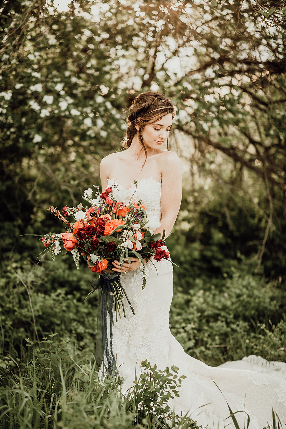 Farm to Market Floral; Mimi's Bridal; Elsa Eileen Photography
