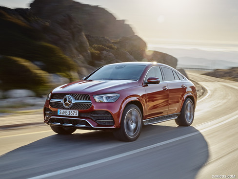 2021_mercedes-benz_gle_coupe_1_1600x1200