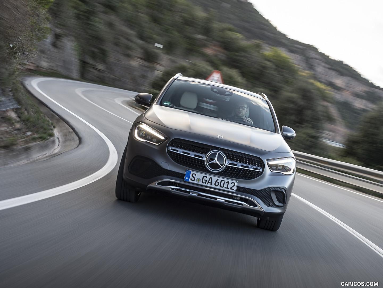 Mercedes-benz-jakarta-gla-200-2020-8.jpg