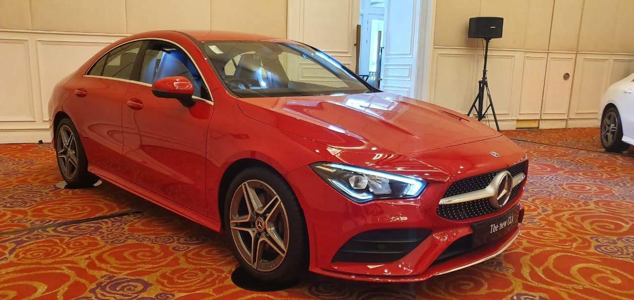 Spesifikasi dan Harga Exterior samping Mercedes Benz All New CLA 200 AMG Line